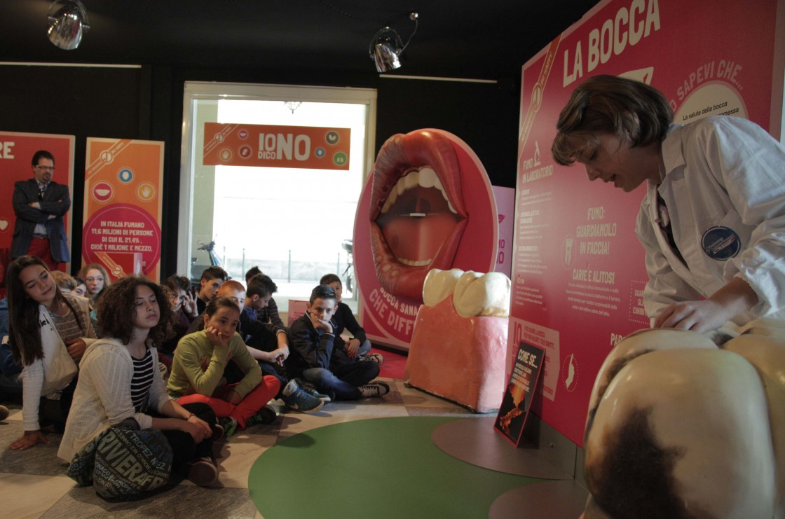 Mostra Laboratorio Multimediale «No smoking be happy»